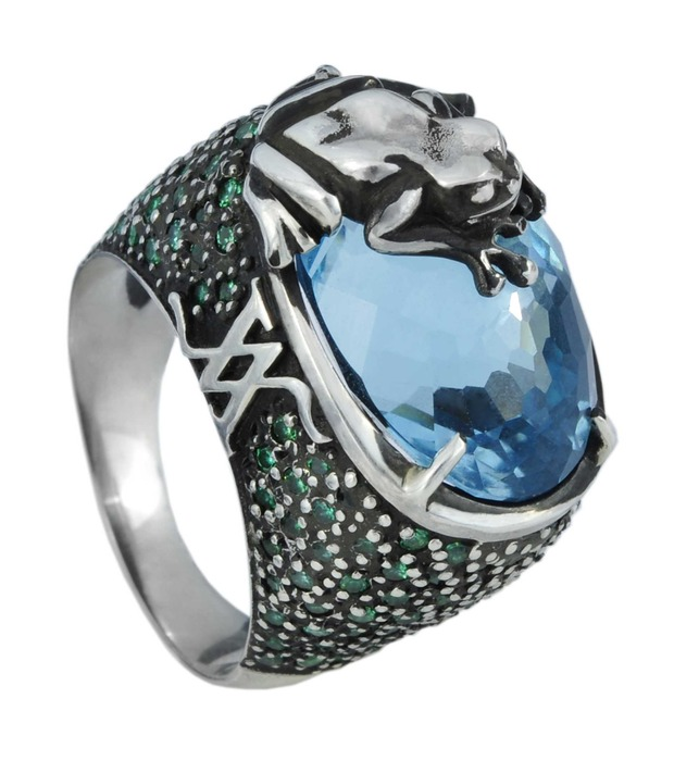 открытие корнера Amova Jewelry в бутике Gomez y Molina в Марбелье, Исп. Изображение № 9.