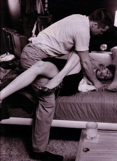 Фотоссесия Бреда Питта иАнджолины Джоли (2005) дляW. Изображение № 17.