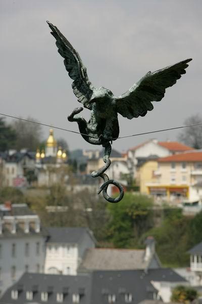 Скульптуры Джерзи Кедзиоры, парящие в воздухе. Изображение № 14.