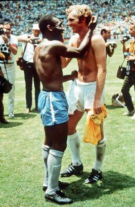 Поймать момент: 20 побед и поражений в истории спорта в фотографиях. Изображение №11.