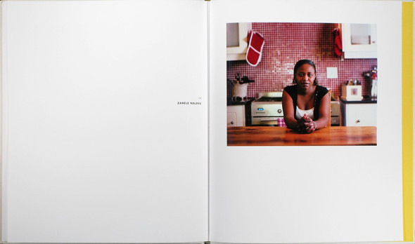 12 альбомов фотографий непривычной Африки. Изображение № 107.