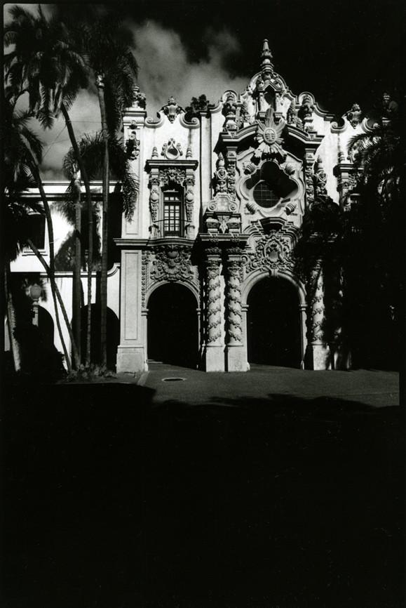 Черно-белая страсть. Изображение № 24.