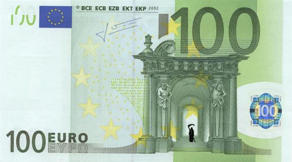 Художник в знак протеста изрисовал банкноты на 3555 евро. Изображение № 39.