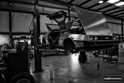 DeLorean. Автомобиль-легенда. Части 3 & 4. Изображение № 8.
