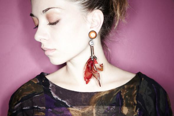 Гардероб: Катя Ложникова, редактор аксессуаров журнала In Style. Изображение № 20.