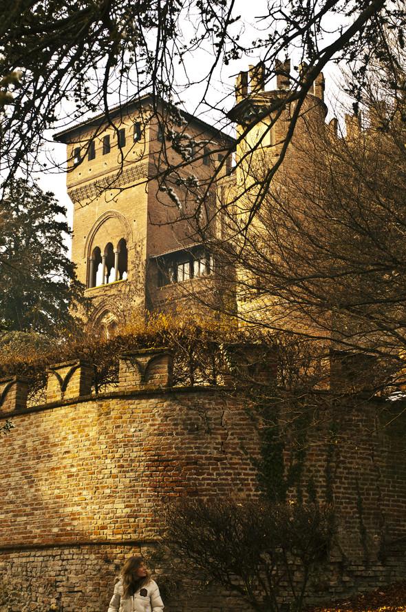 Обитаемые замки Пьемонта, где и сегодня живут графы и маркизы. Изображение № 1.
