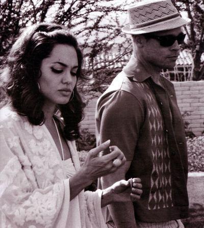 Фотоссесия Бреда Питта иАнджолины Джоли (2005) дляW. Изображение № 21.