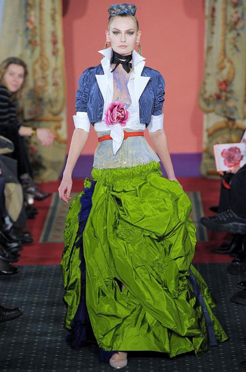 Неделя высокой моды вПариже: Кристиан Лакруа. Изображение № 12.