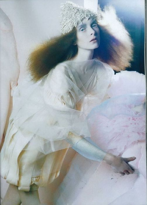 A Magic World (Vogue Italia January 2008 ). Изображение № 4.