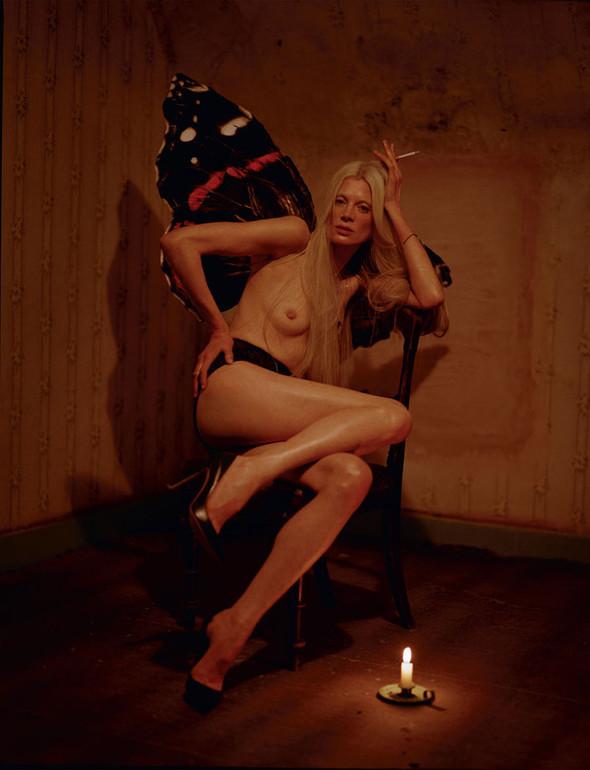 Съёмка: Кристен Макменами в объективе Тима Уокера. Изображение № 10.