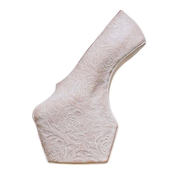 10 праздничных коллекций: Happy Socks, Oysho, Miu Miu и другие. Изображение № 40.
