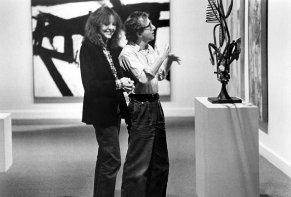 Дайан Китон и Вуди Аллен на Манхэттене. Изображение № 74.