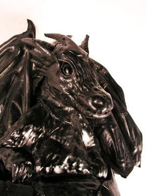 Увас дракон наспине. Изображение № 46.