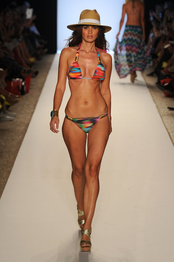Купальный сезон 2012: Mercedes-Benz Fashion Week Miami [SWIM]. Изображение № 20.