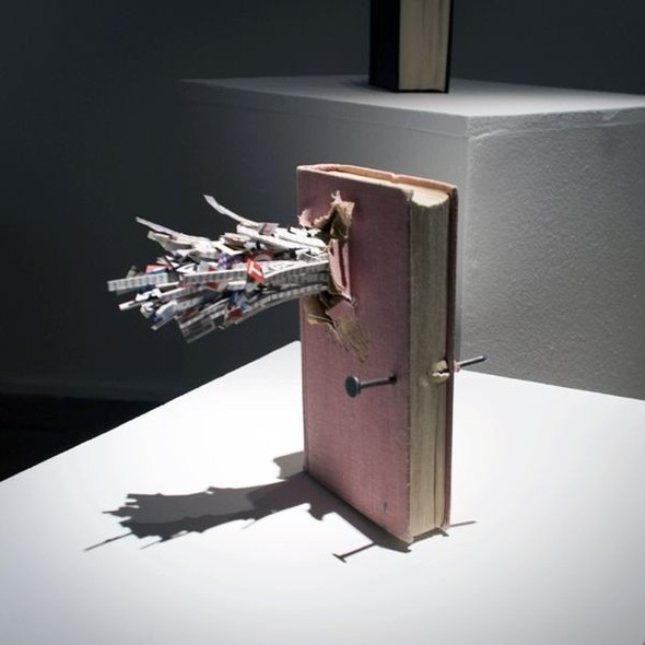 «Без названия (война)» —проект Аслана Гайсумова . Изображение № 3.
