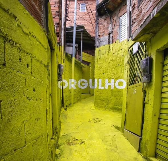 'Свет в переулках' граффити в фавелах. Изображение № 7.