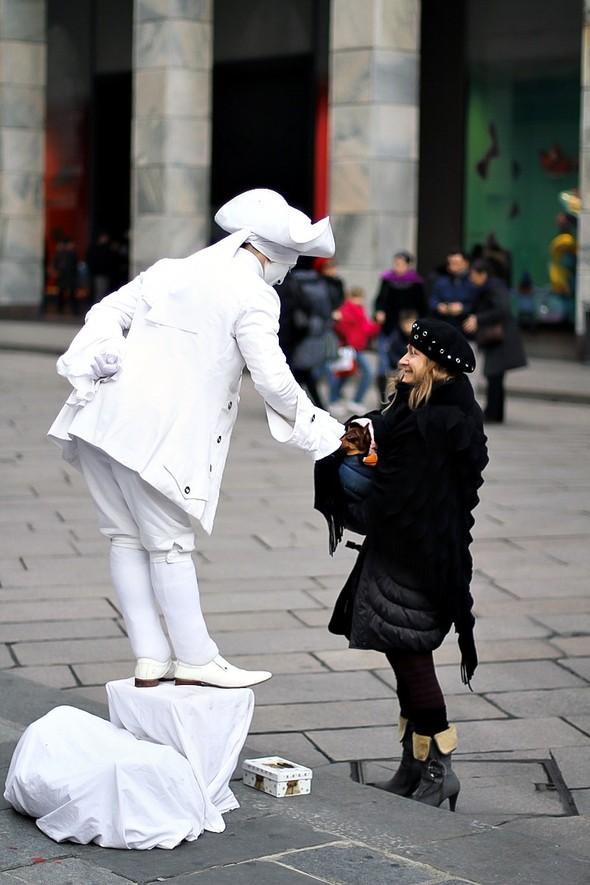 Dio Ama Parlare Con Chi Ama Tacere. Изображение № 11.