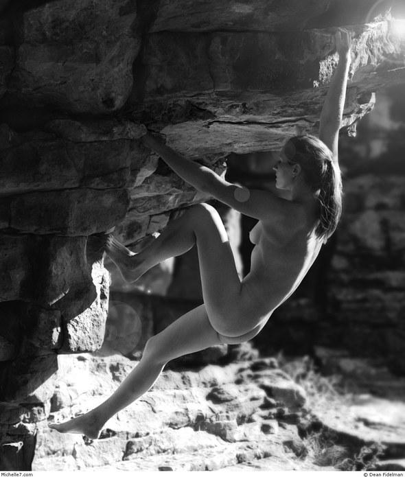Dean Fidelman. Stone nudes. Изображение № 8.