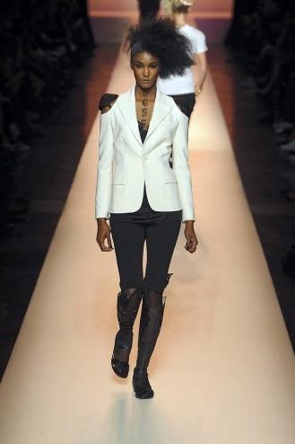 Chanel: Ходячие рекламы. Изображение № 8.
