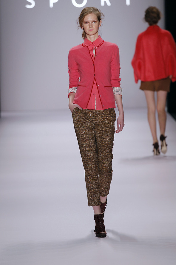 Berlin Fashion Week A/W 2012: Escada Sport. Изображение № 11.