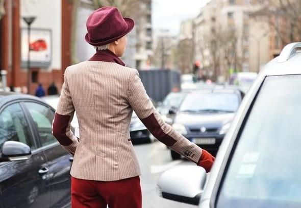 Головные уборы гостей Spring 2012 Couture. Изображение № 9.
