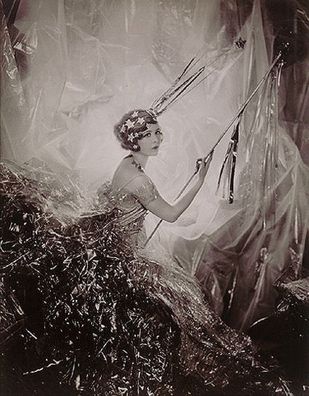 Cecil Beaton. Изображение № 230.