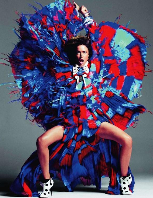 Съёмка: Ракель Зиммерманн для Vogue. Изображение № 5.