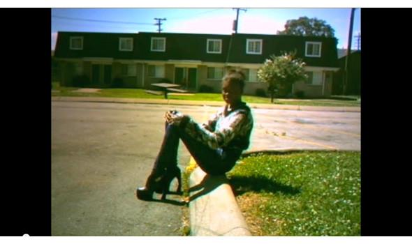 Кадры из фильма «Веди ся как дурак» Хармони Корина . Изображение № 39.