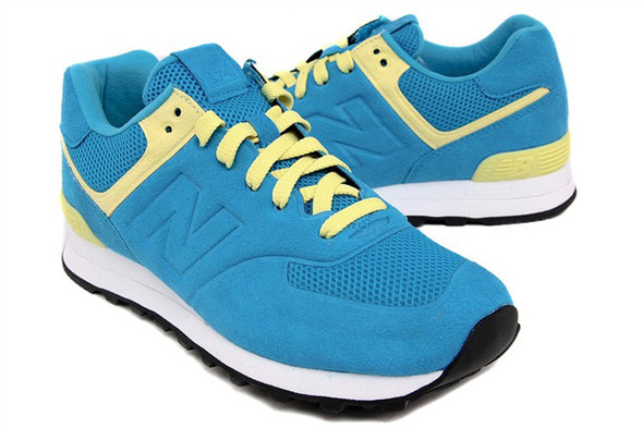NEW BALANCE 574 (HAPPY BLUE). Изображение № 1.