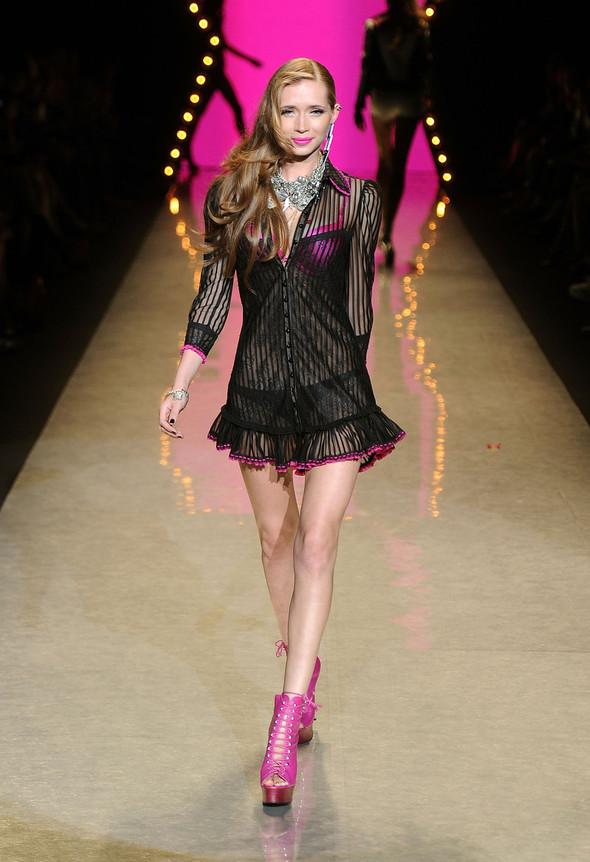 New York Fashion Week: Betsey Johnson Spring 2012. Изображение № 69.