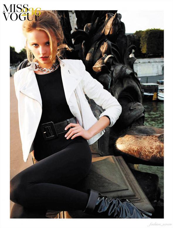 Съёмка: Магдалена Фрацковяк для французского Vogue. Изображение № 7.