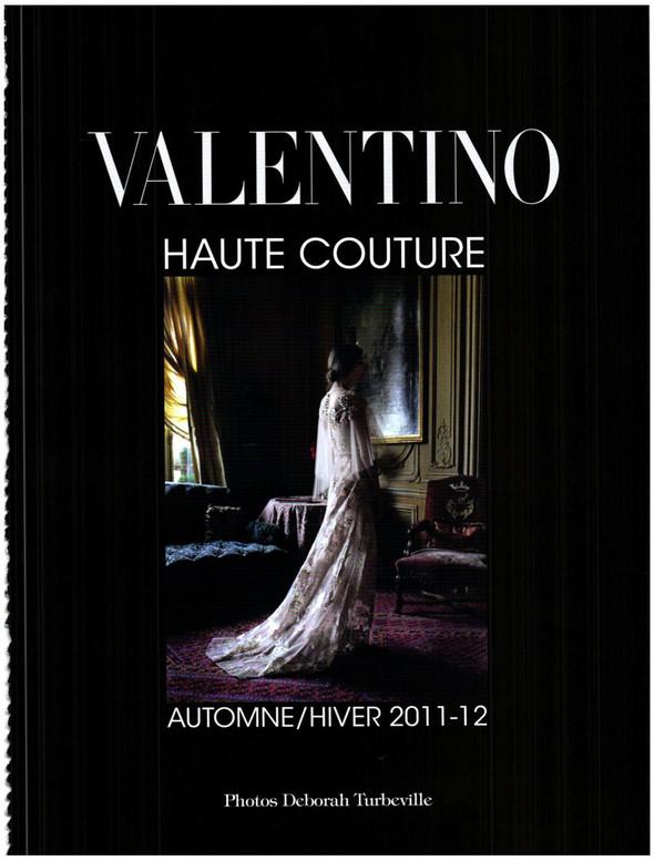 Съёмка: Кутюр Valentino в итальянском Vogue. Изображение № 1.