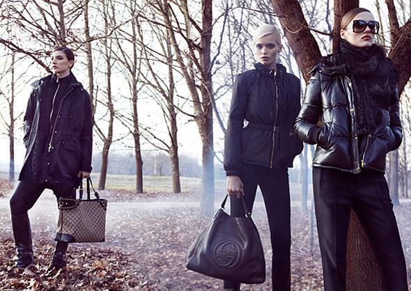 Кампании: Dior, Versace, Gucci и Burberry. Изображение № 18.
