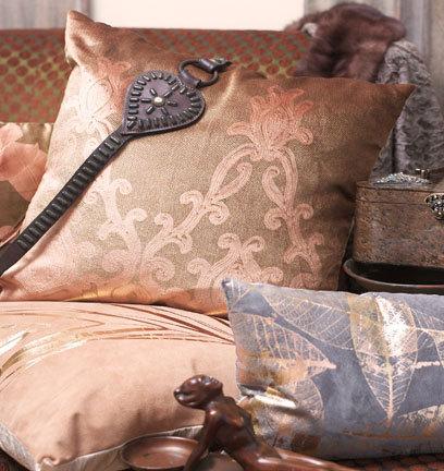 Необычные подушки отAviva Stanoff. Изображение № 2.