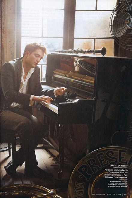Изображение 2. Robert Pattinson на Vanity Fair Апрель 2011 (США).. Изображение № 2.
