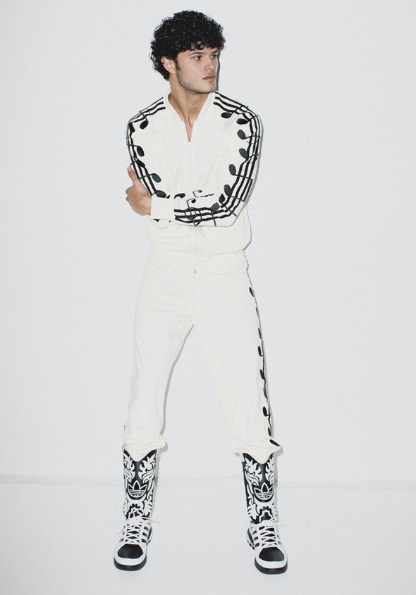 Лукбук: Adidas Originals by Jeremy Scott SS 2012. Изображение № 7.