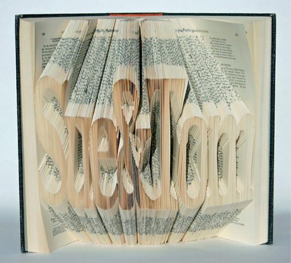 Изображение 1. Скульптуры из книг.. Изображение № 1.