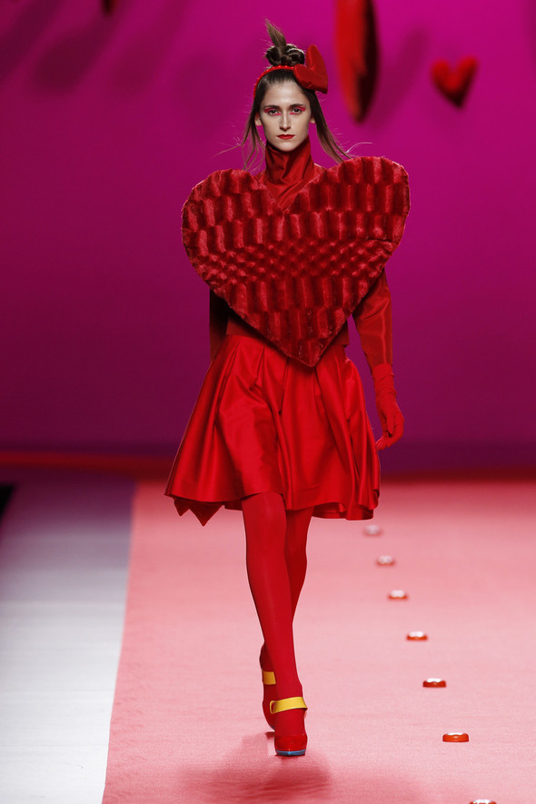 Испанцы Fall Winter 2011/2012: AGATHA RUIZ DE LA PRADA. Изображение № 1.