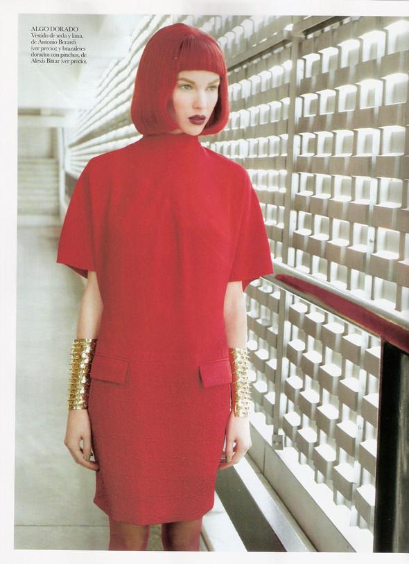 Съёмка: Бритт Марен для испанского Vogue. Изображение № 5.