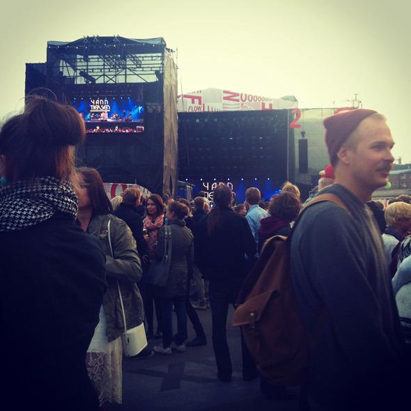 Дневник с фестиваля Flow: Бьорк, The Black Keys, сидр и танцы на электростанции. Изображение № 5.