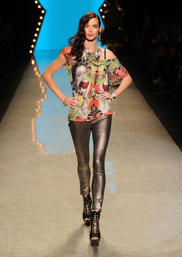 New York Fashion Week: Betsey Johnson Spring 2012. Изображение № 86.