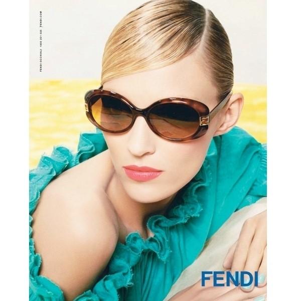 Изображение 11. Рекламные кампании: Fendi, Pepe Jeans и Trussardi 1911.. Изображение № 11.