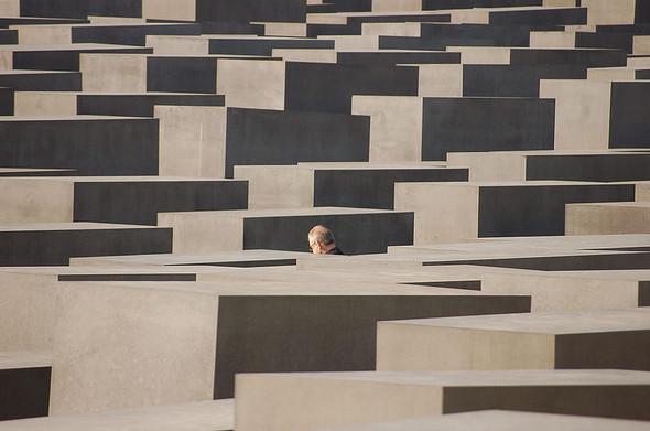Живое кладбище. Изображение № 2.