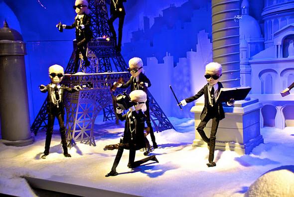 10 праздничных витрин: Робот в Agent Provocateur, цирк в Louis Vuitton и другие. Изображение № 17.