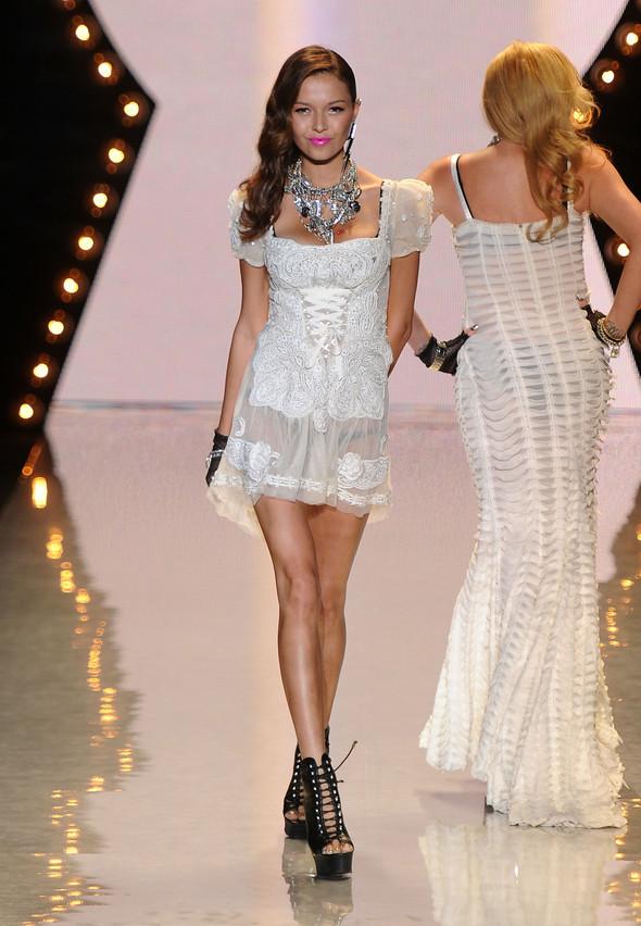New York Fashion Week: Betsey Johnson Spring 2012. Изображение № 4.