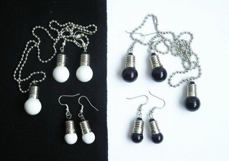 Потрясающие сережки-лампочки отTWoo. Изображение № 13.