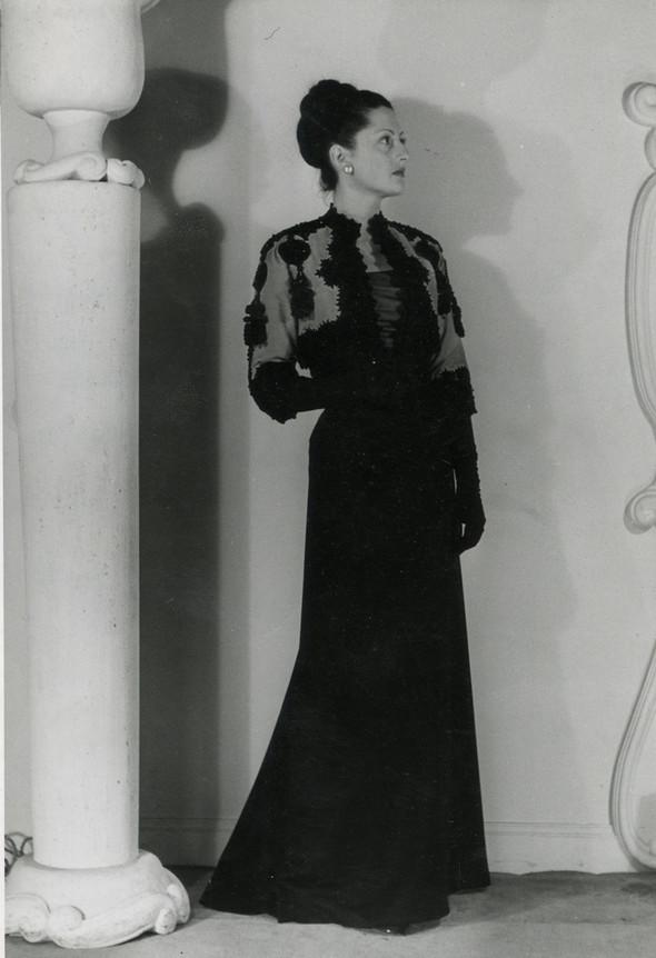 Balenciaga, 1947. Изображение № 2.