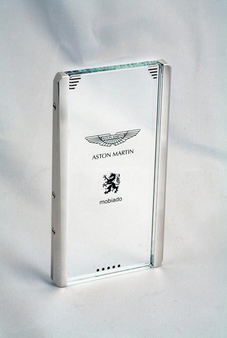 Изображение 5. Концепт телефона Mobiado CPT002 Aston Martin.. Изображение № 4.