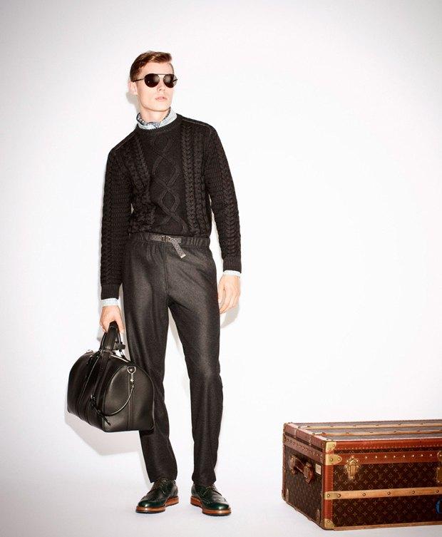 Показаны новые лукбуки Gucci, Louis Vuitton и Prada. Изображение № 1.