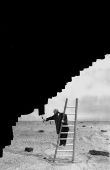 Gilbert Garcin – черно-белые истории. Изображение № 3.